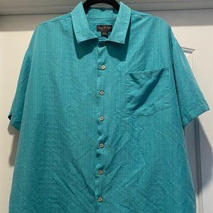 David Taylor Mens button up dress shirt, size XL